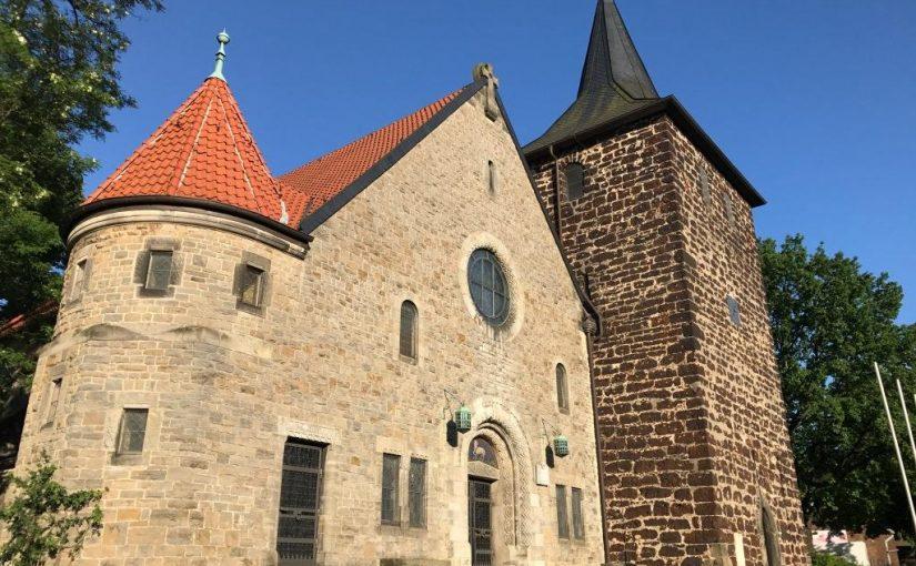 Die Kirche St. Nicolai, das Wahrzeichen von Hannover Bothfeld