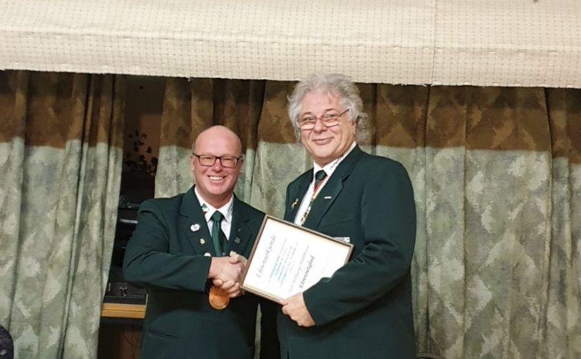 Wolfgang Hildebrand als Ehrenmitglied ausgezeichnet